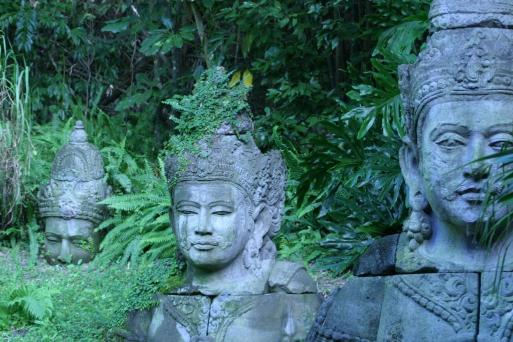 original_statues